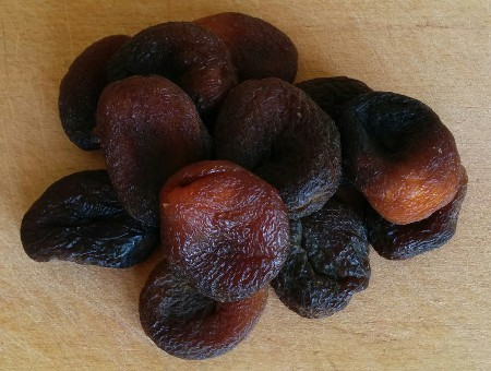 dried_apricot_before.jpg